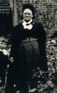 Caroline Coe (formerly Howlett, née Clark) - my Great x3 Grandmother c.1911.