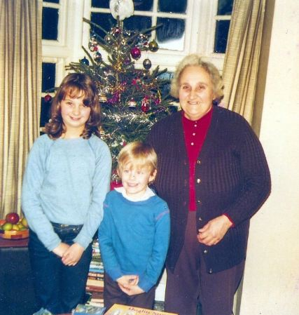 Edna with Claire and Andrew, circa 1984.