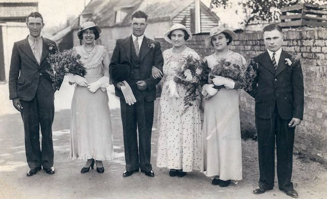 Phyllis Newman and Sidney Fitch wedding group in Ely, 1935.