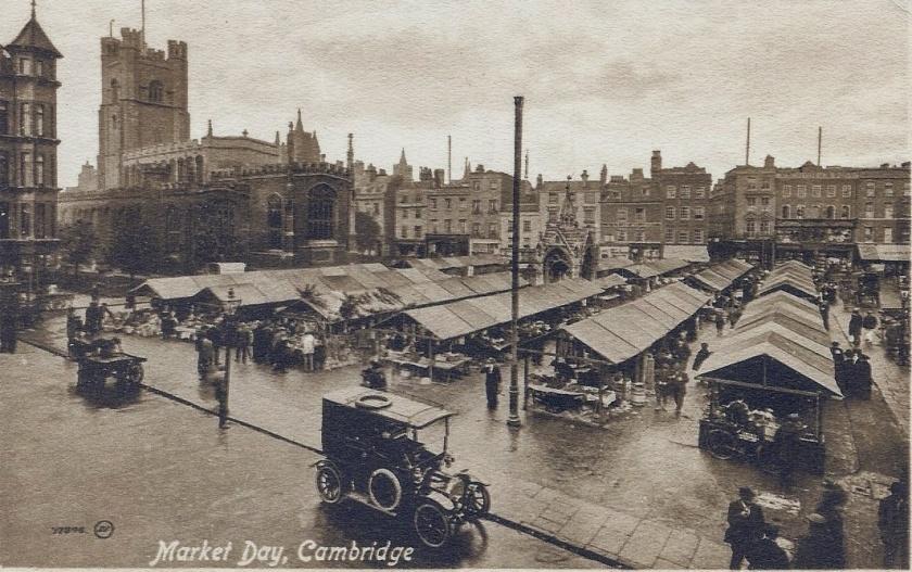 Cambridge market place, including Hobson's Conduit in it's original position, 1913
